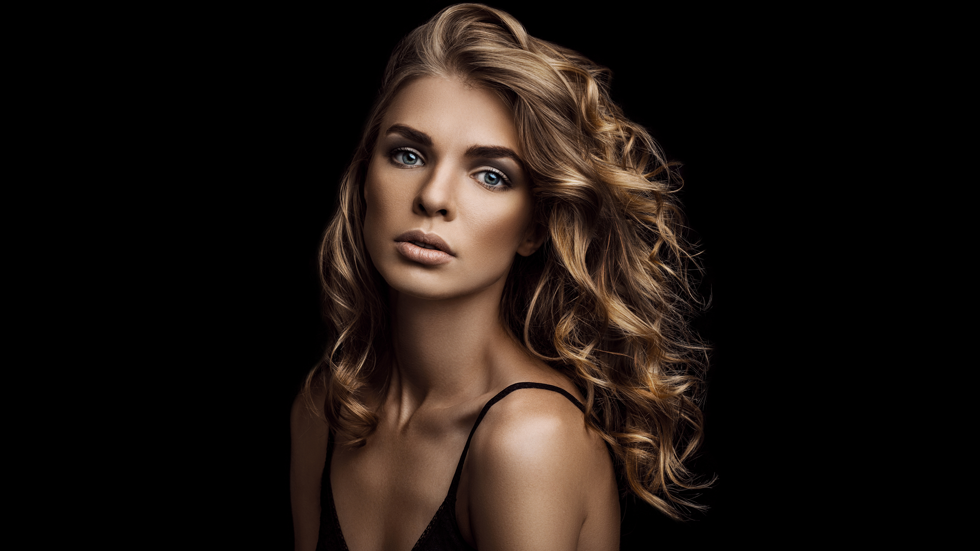 IRENE FAST | Make-up Artist | Tages & Abend Make-up | Frankfurt |